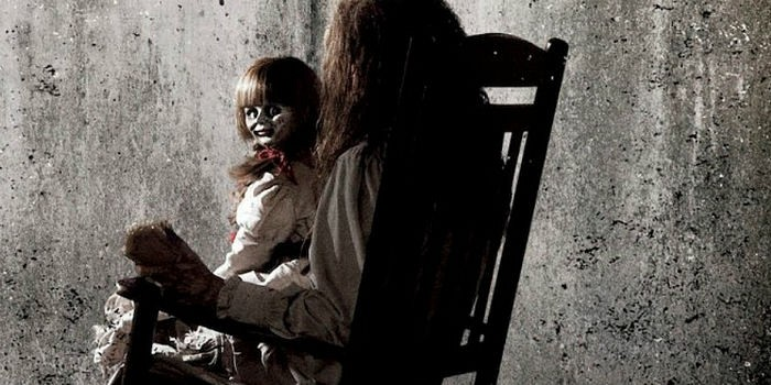 Conjuring2a