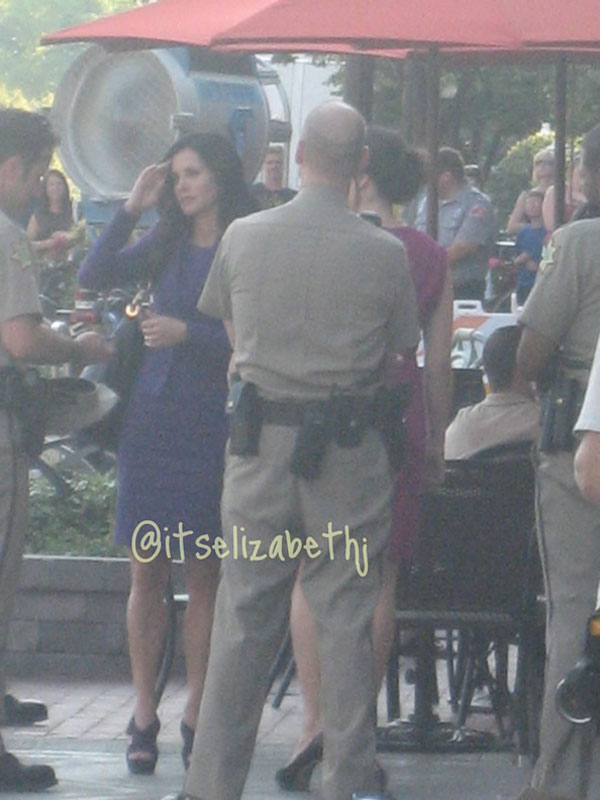 Video of Neve Campbell on the Scream 4 Set - ComingSoon net
