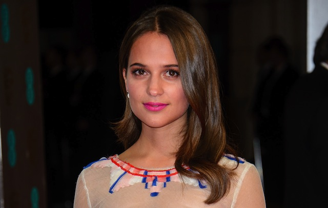 Alicia Vikander will star opposite Tom Hanks in the upcoming big screen take on Dave Eggers' The Circle.