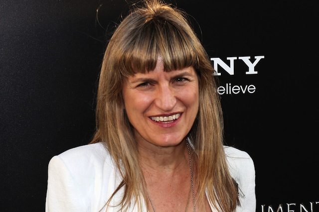 Catherine Hardwicke is set to direct an adaptation of the novel Love Letter to the Dead.