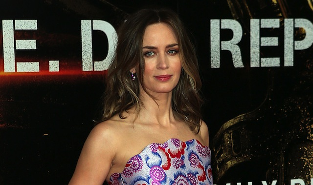 Emily Blunt may be taking the lead role in Tate Taylor's adaptation of The Girl on the Train.