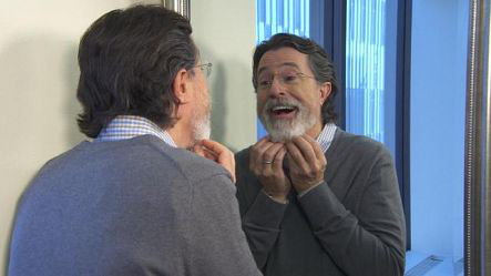 Stephen Colbert shaves his beard to get ready for his hosting duties on The Late Show!