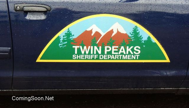 35 Photos from the Set of the Twin Peaks Revival.