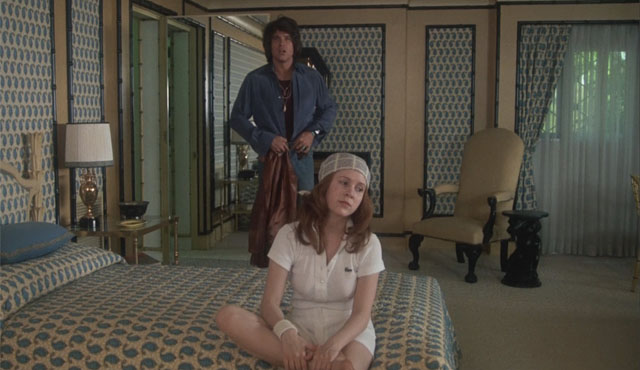 Shampoo is one of the Carrie Fisher movies released before Star Wars.