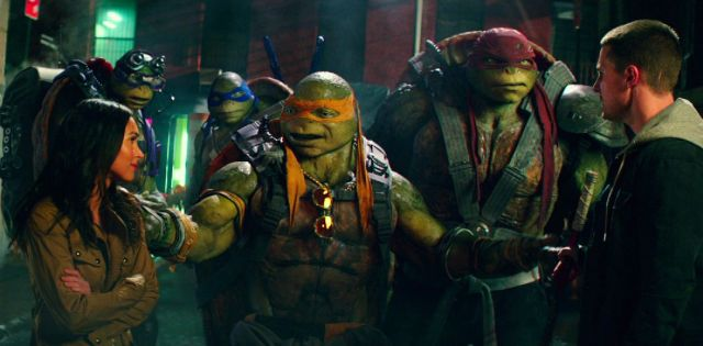 75 Screenshots from the Teenage Mutant Ninja Turtles: Out of the Shadows Trailer.