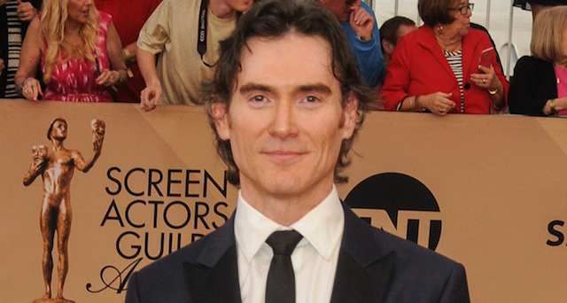Billy Crudup is looking at playing a key role in Ridley Scott's Alien: Covenant.