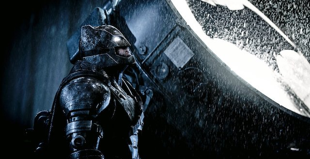 Batman v Superman Extended Preview from Amazon.
