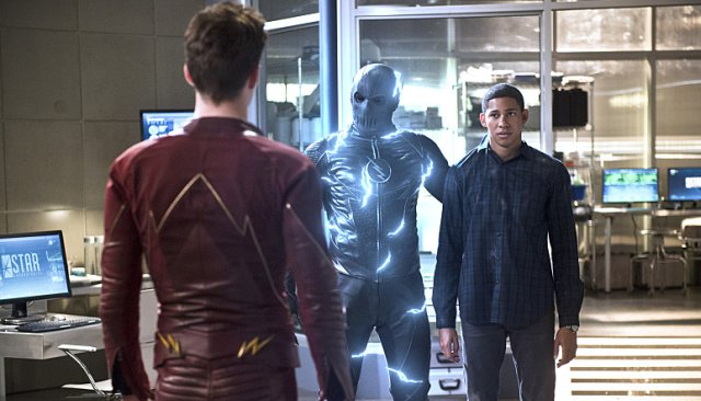 Zoom Takes a Hostage in New Photos from The Flash