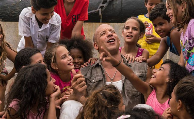 Fast 8 Video from the Cuba Set!