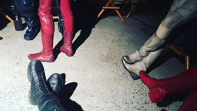 The CW Superheroes Collide in Candid Photo from Stephen Amell