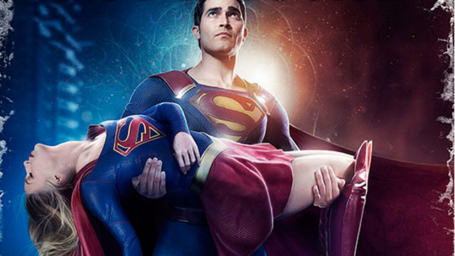 A new Supergirl image pays homage to DC Comics' Crisis on Infinite Earths.