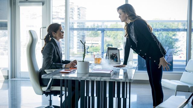 Caitlin Confronts Her Mother in New Photos from The Flash Episode 3.05