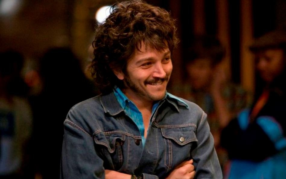 Milk is one of the most acclaimed Diego Luna movies.