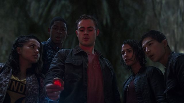Meet the New Power Rangers in Photos from the Upcoming Movie
