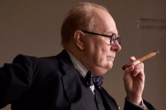 First Look at Gary Oldman as Winston Churchill in Darkest Hour!