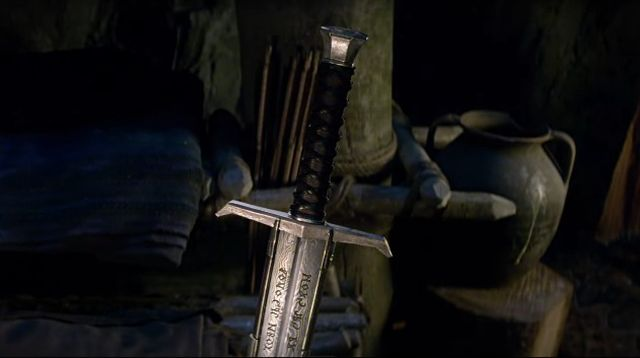 Learn the Legend of the Sword in New King Arthur Trailer
