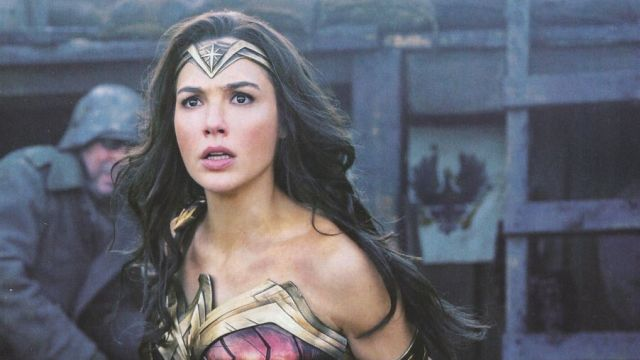 Lasso Up Some New Wonder Woman Photos
