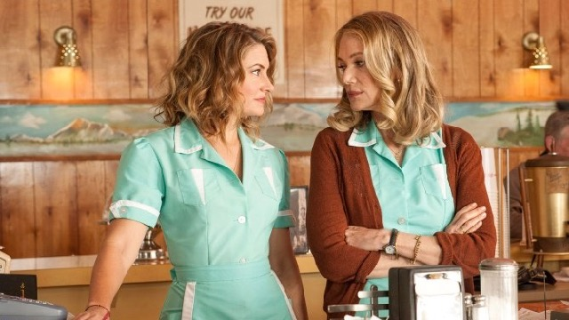 New Twin Peaks Photos Show Off Returning Cast Members
