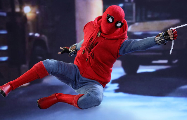 1/6th Scale Hot Toys Spider-Man Homemade Suit for Homecoming
