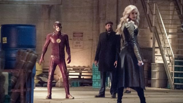 The Flash Battles Killer Frost in New Photos