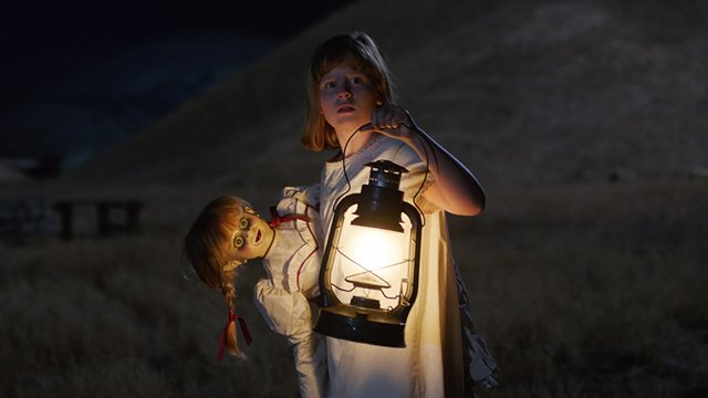 Explore the growing universe of Annabelle Creation with a trip to the Annabelle Creation set.