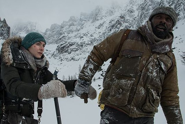 The Mountain Between Us Trailer with Kate Winslet and Idris Elba