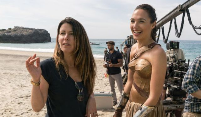 Warner Bros. Pushing For Wonder Woman To Get Some Academy Award Nominations