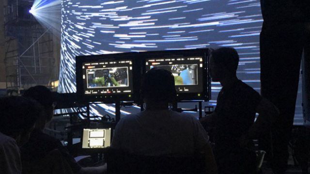 Lando Makes the Jump to Hyperspace in New Han Solo Set Photo