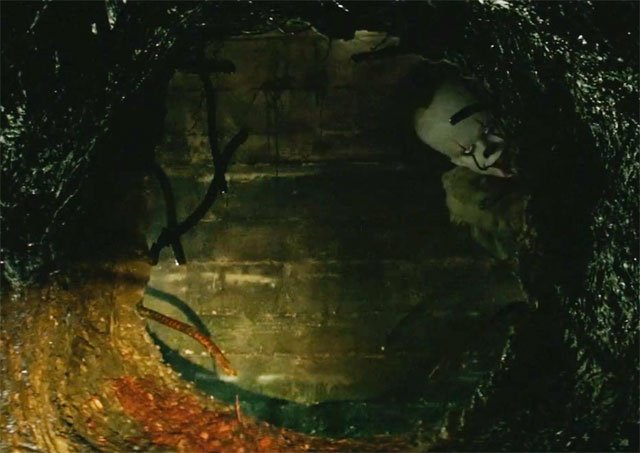 Enter the Scary World of Derry, Maine in New IT Featurette