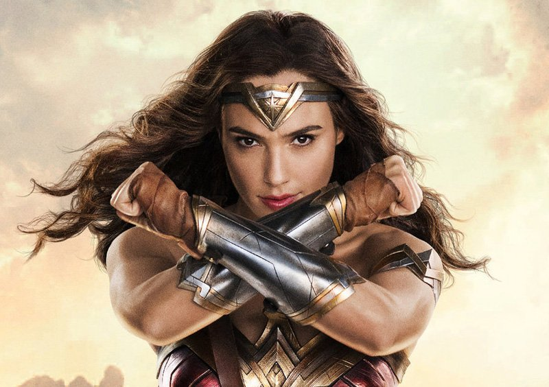 Wonder Woman: Gal Gadot thanks Zack Snyder for casting her