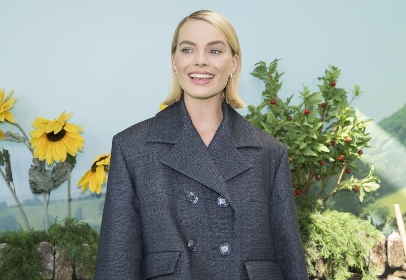 Margot Robbie is set to produce a ten-part female-focused Shakespeare series