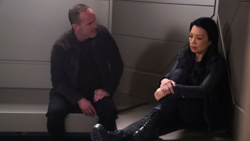 Marvel's Agents of SHIELD Episode 5.21 Promo: The End is About to Begin