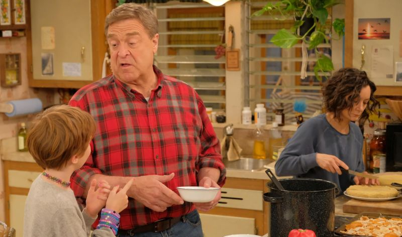 ABC Picks Up Roseanne Spin-off The Conners to Series