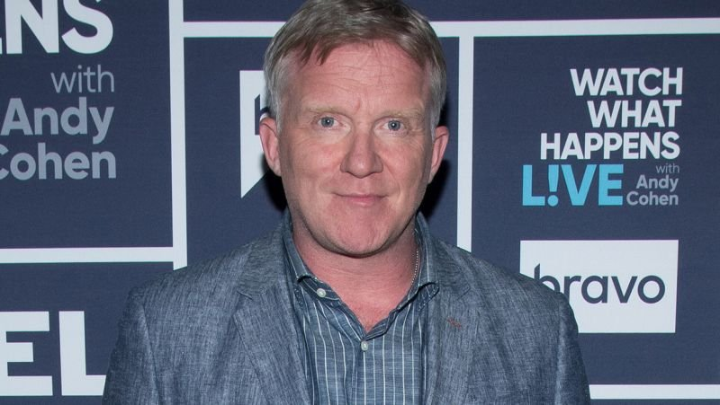 Riverdale casts Anthony Michael Hall as Principal Featherhead for flashback episode