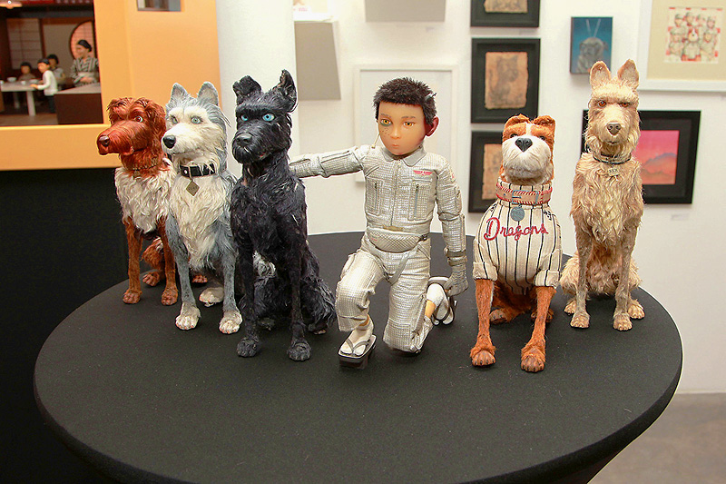 Isle of Dogs Art Gallery, Plus a Chat With DP Tristan Oliver