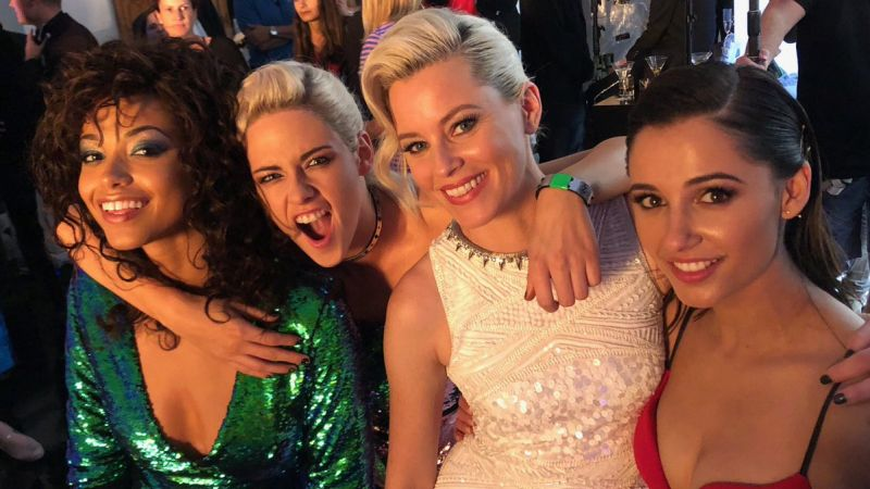 New Charlie's Angels BTS Photo Reveals First Look at New Badass Trio