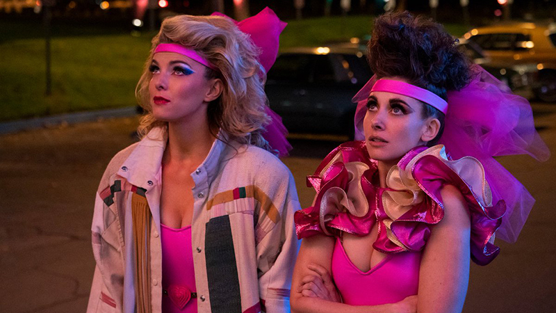 The Girls Are Heading to Vegas in the Glow Season 3 Date Announcement