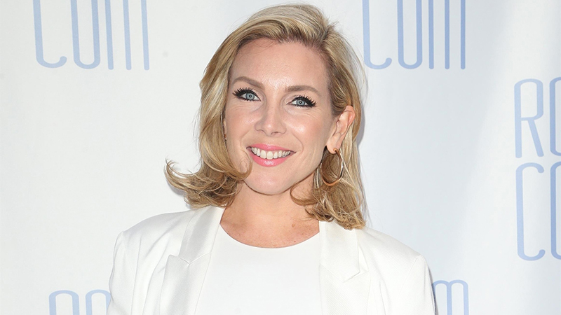 Long Shot's June Diane Raphael Joins Music Comedy Covers