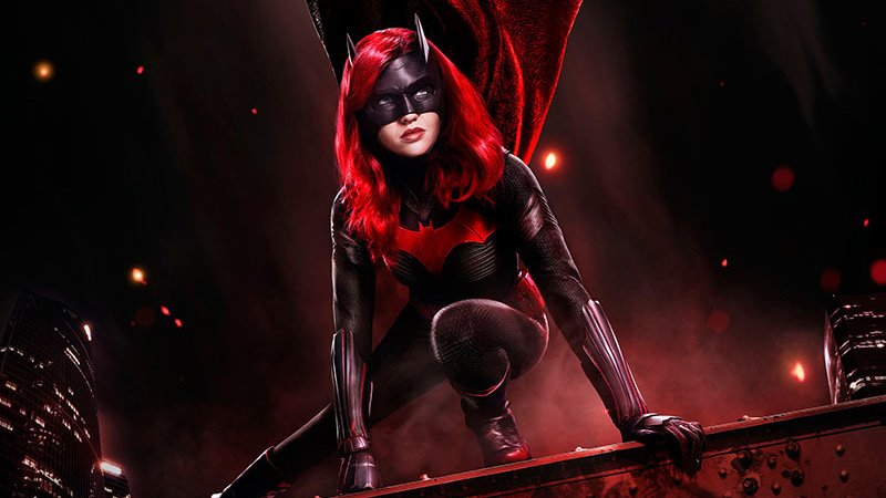 New Exclusive Look at Batwoman Brings the Pain to Gotham