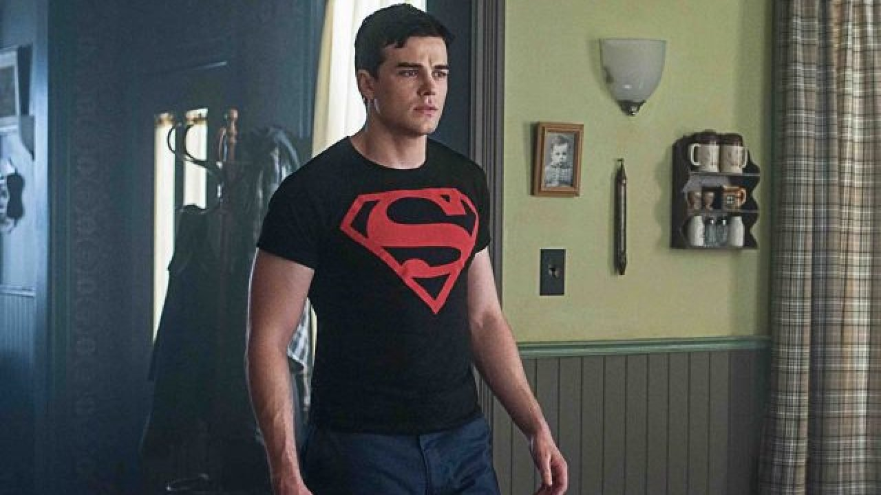Superboy Breaks Free In Titans Episode 2 06 Promo Watch hd movies online for free and download the latest movies. superboy breaks free in titans episode