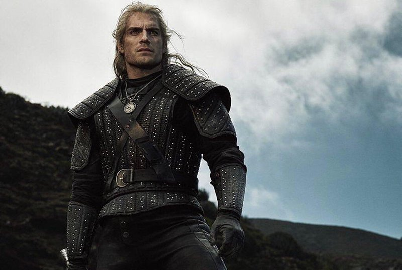 Mandatory Streamers: Cavill Makes His Geralt Debut in The Witcher