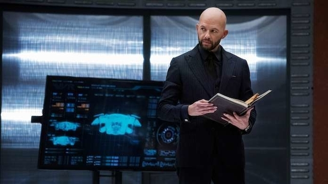 New Crisis on Infinite Earths Teasers Feature Lex Luthor and Pariah