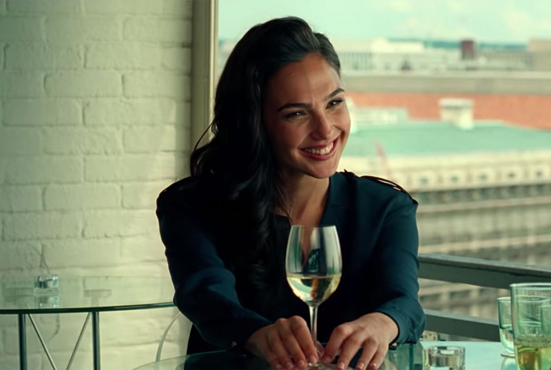 Gal Gadot Explains Lack of Weapons in Wonder Woman 1984