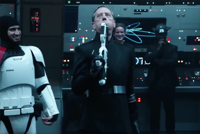 Star Wars: The Rise of Skywalker Bloopers Tease a Cast of Goofs