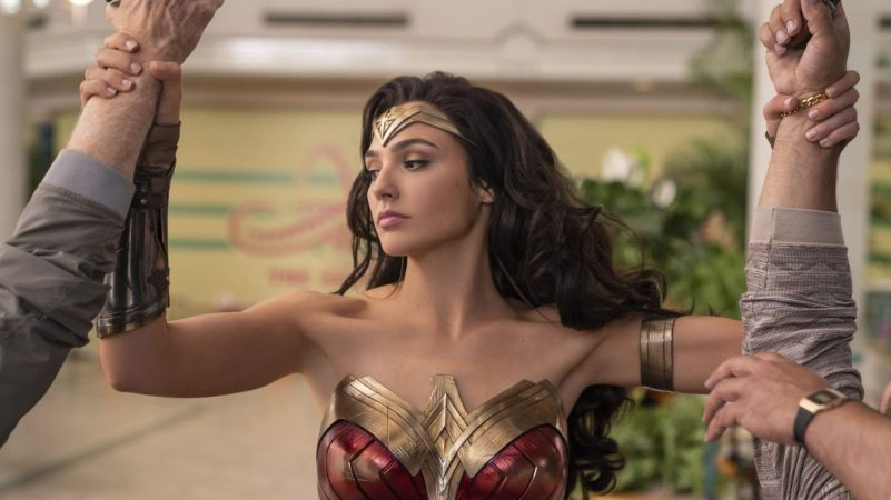New Wonder Woman 1984 Photos Feature Pedro Pascal and Kristen Wiig