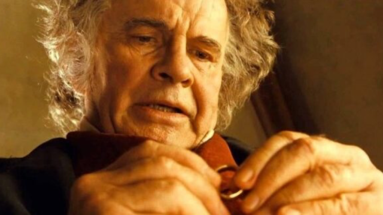 Lord of the Rings & Alien Star Sir Ian Holm Passes Away at 88