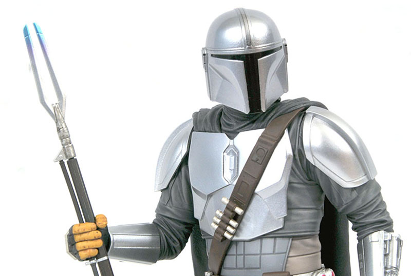 The Mandalorian Gets an Upgrade in SDCC Figure!