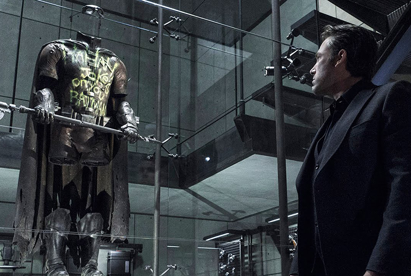 Zack Snyder Reveals Death of Robin Details in Justice League