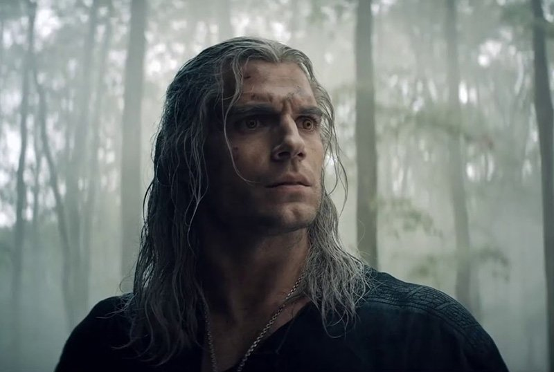 Henry Cavill Shares Behind-the-Scenes Photo from The Witcher Season 2