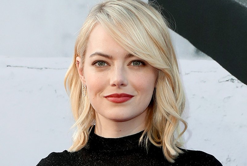 The Curse: Emma Stone to Star in Safdie Brothers' Showtime Comedy Series